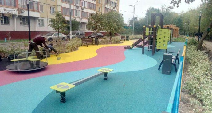 как выбрать покрытие для детской площадки