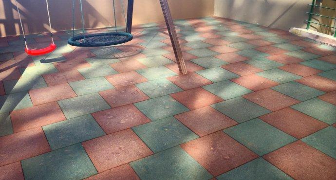 Как укладыватся резиновые плиты на улице